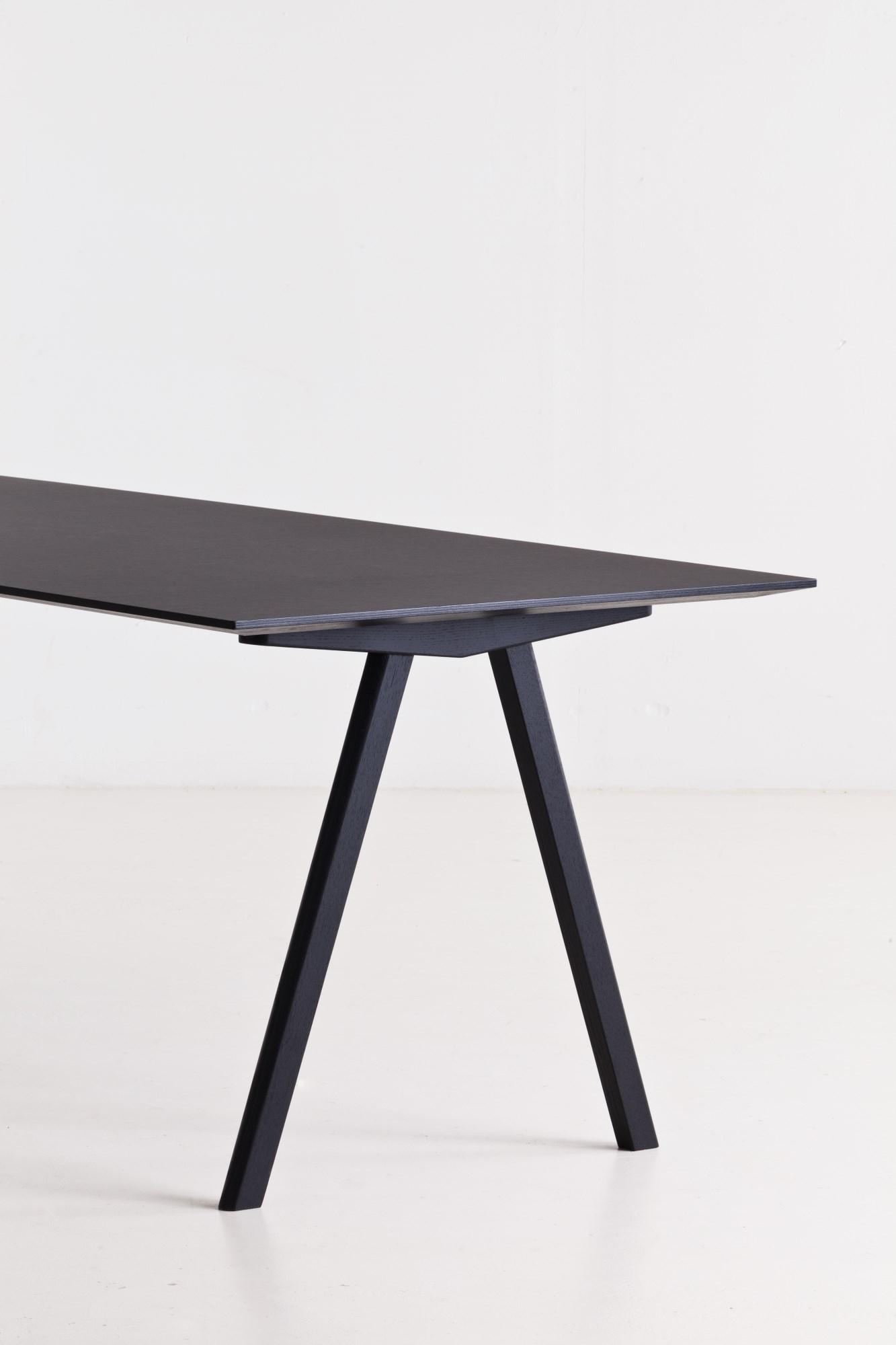 Copenhague Table CPH10 Tisch Hay