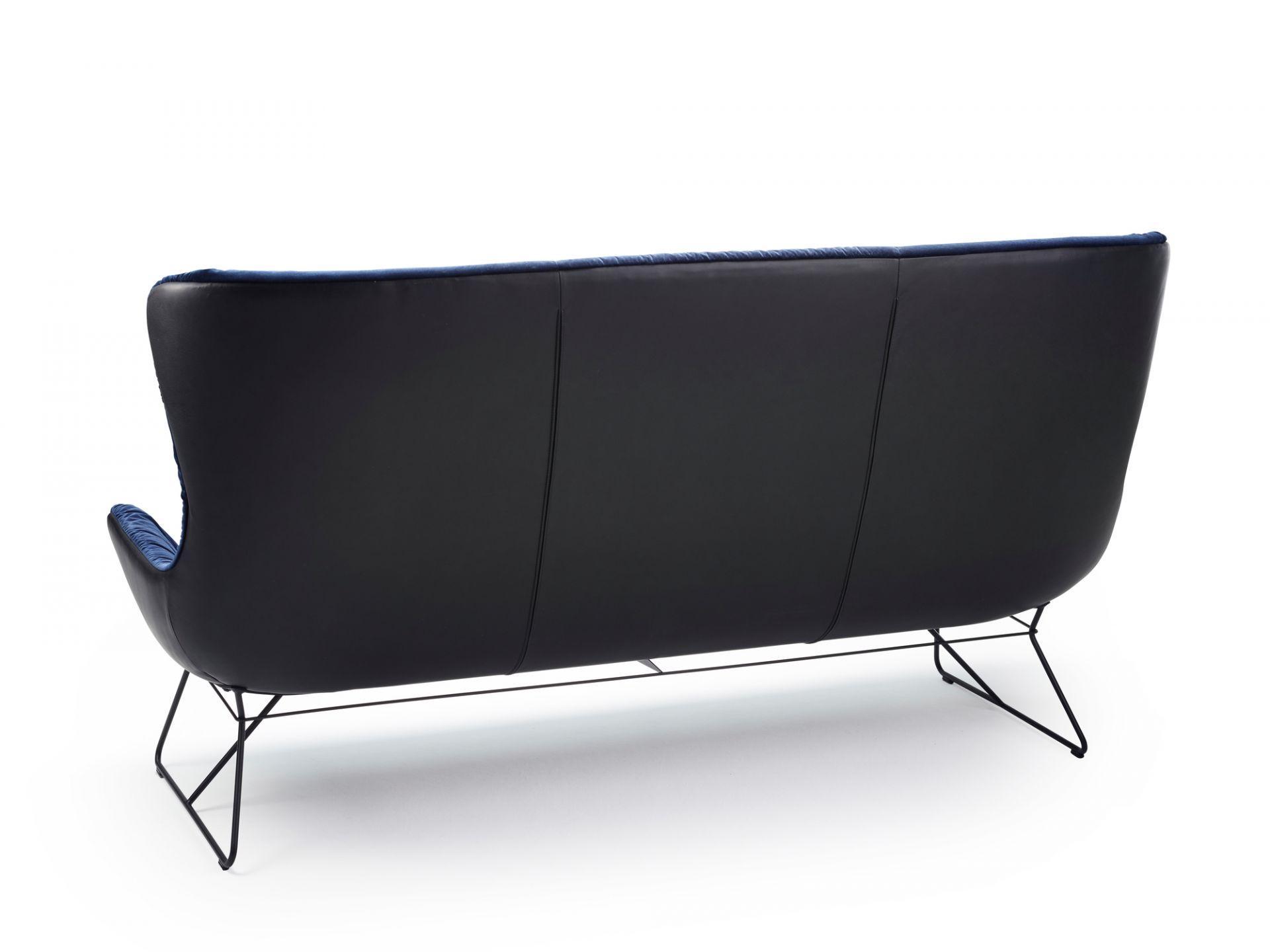 Leya Wingback Couch Freifrau Sitzmöbelmanufaktur