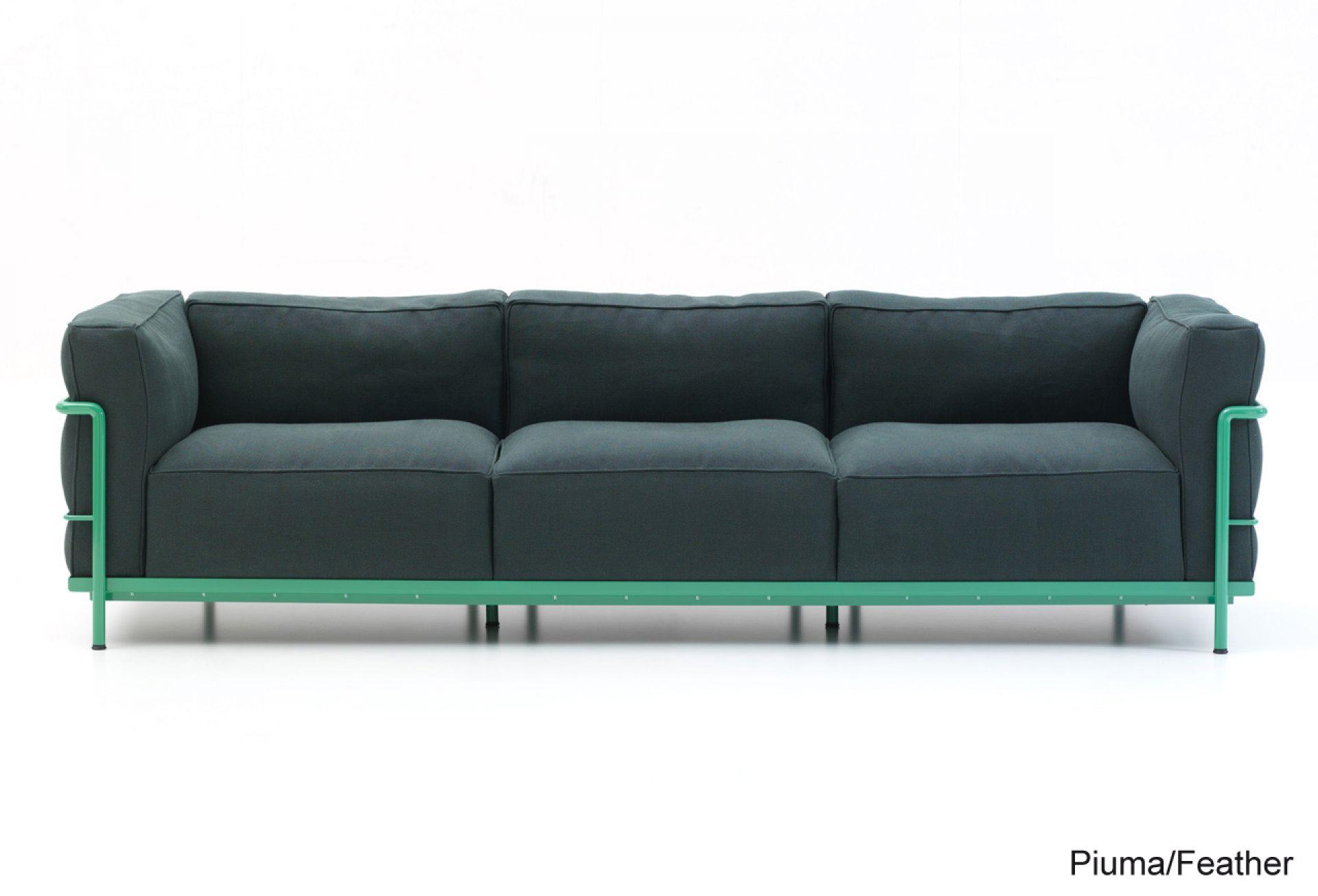 LC2 Sofa Dreisitzer Gestell lackiert Cassina